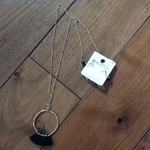 Jewelry - New Tassel Necklace & Earring Set